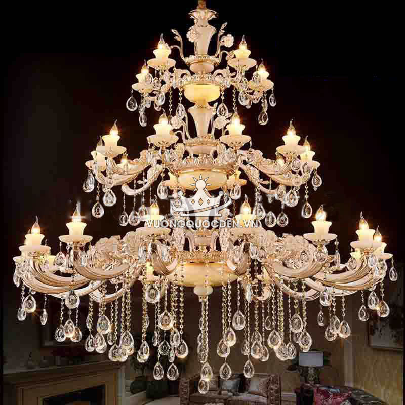 Không thể bỏ lỡ những mẫu đèn chùm pha lê nến cổ điển HOT nhất hiện nay